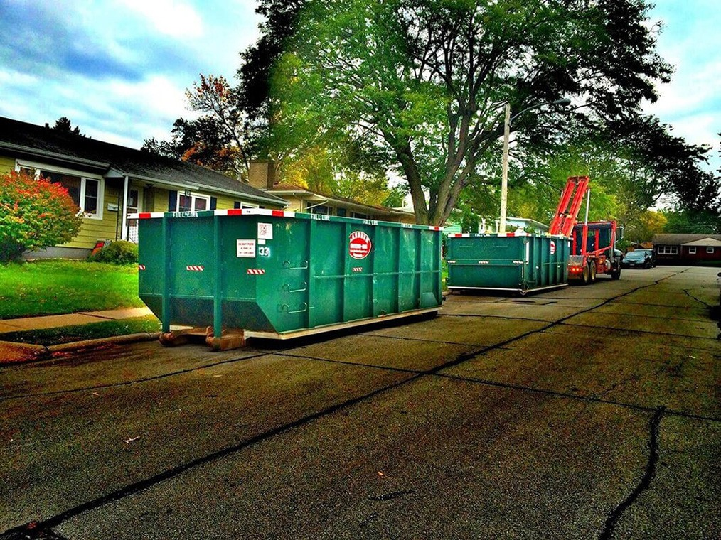 Commercial Dumpster rental services-Asheville Dumpster Rental & Junk Removal Services-We Offer Residential and Commercial Dumpster Removal Services, Portable Toilet Services, Dumpster Rentals, Bulk Trash, Demolition Removal, Junk Hauling, Rubbish Removal, Waste Containers, Debris Removal, 20 & 30 Yard Container Rentals, and much more!