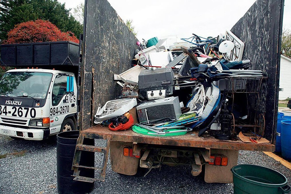 Junk Hauling-Asheville Dumpster Rental & Junk Removal Services-We Offer Residential and Commercial Dumpster Removal Services, Portable Toilet Services, Dumpster Rentals, Bulk Trash, Demolition Removal, Junk Hauling, Rubbish Removal, Waste Containers, Debris Removal, 20 & 30 Yard Container Rentals, and much more!