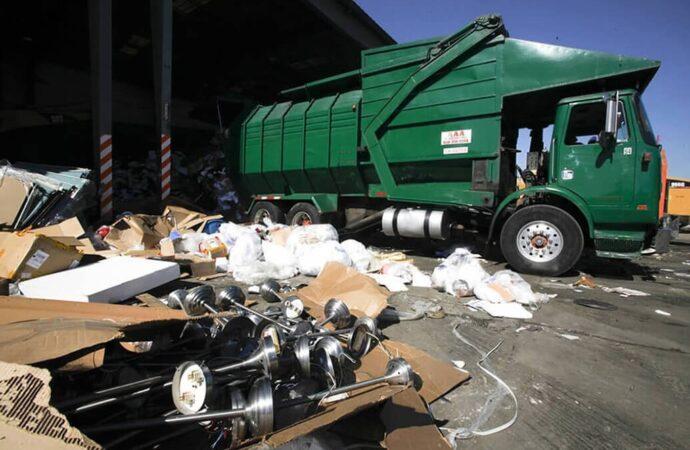 Trash Hauling-Asheville Dumpster Rental & Junk Removal Services-We Offer Residential and Commercial Dumpster Removal Services, Portable Toilet Services, Dumpster Rentals, Bulk Trash, Demolition Removal, Junk Hauling, Rubbish Removal, Waste Containers, Debris Removal, 20 & 30 Yard Container Rentals, and much more!